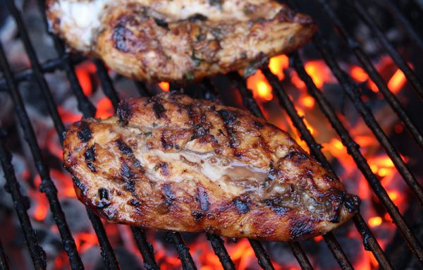 grill-smoked-chickejjn-breast-2